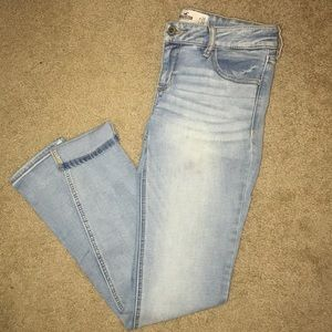 Hollister: Light-wash Skinny Jeans